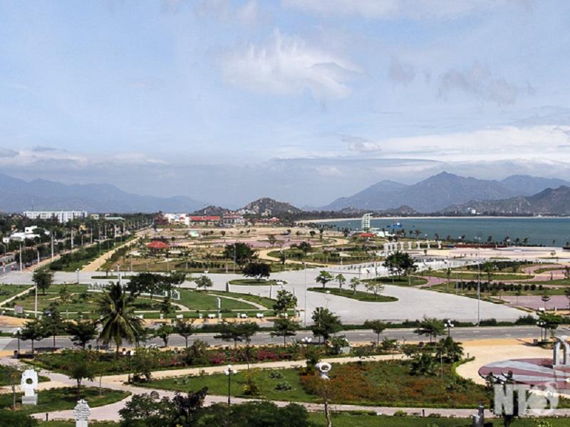 góc nhìn cpông viên biển Bình Sơn 1
